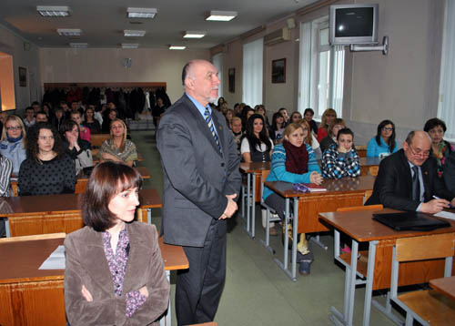 Kavetsky I.T., Head of Department of Legal Psychology asks a question